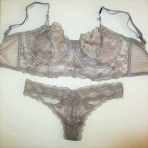 Victorias Secret Unlined Push Up Bra Set 32D 32DDD